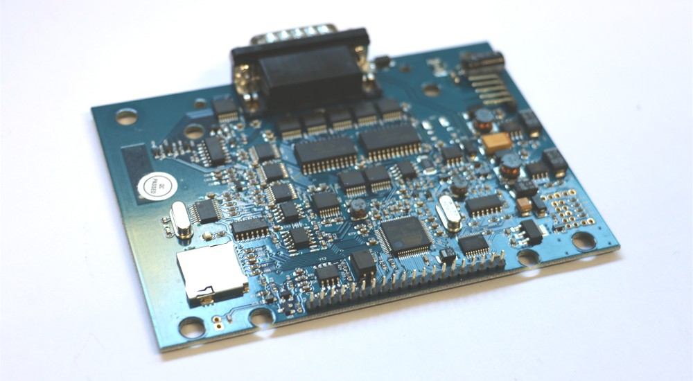 IMG_7577_9679_platine_produktion_licht-e1444997371936